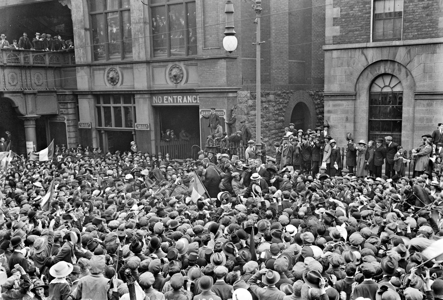 Photograph of Extraordinary celebrations as final rebellion prisoners released