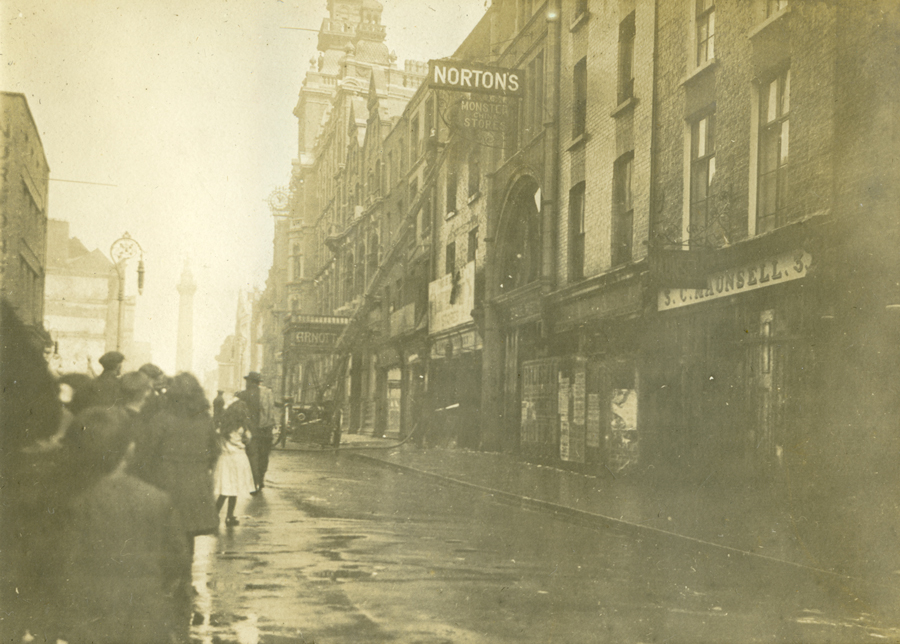 Henry Street just after the Easter Rising in April 1916. Some progress has been made here on reconstruction.