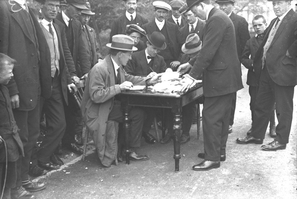 Ireland closes down due to general strike against conscription