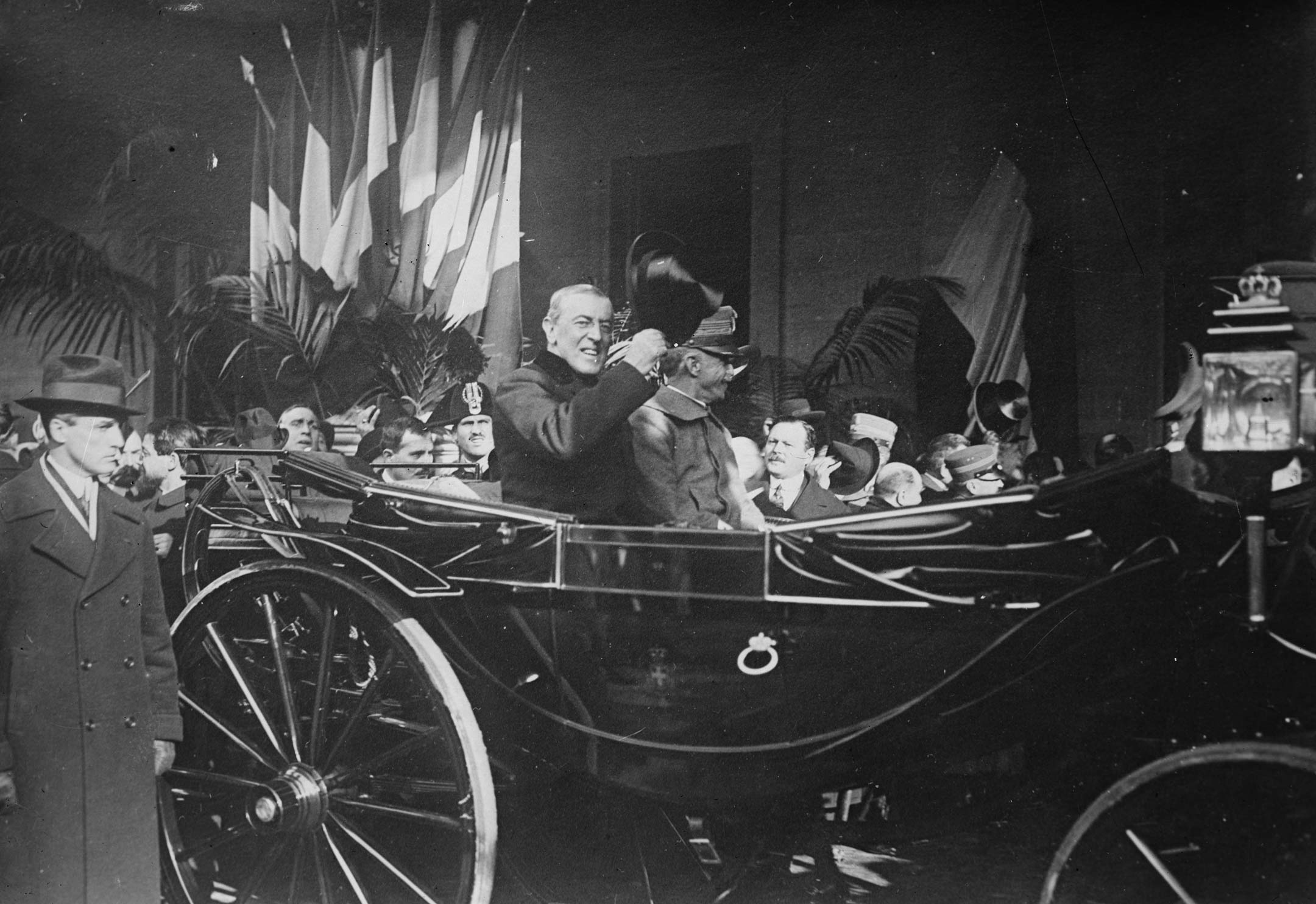 Woodrow Wilson becomes first US President to visit Vatican City