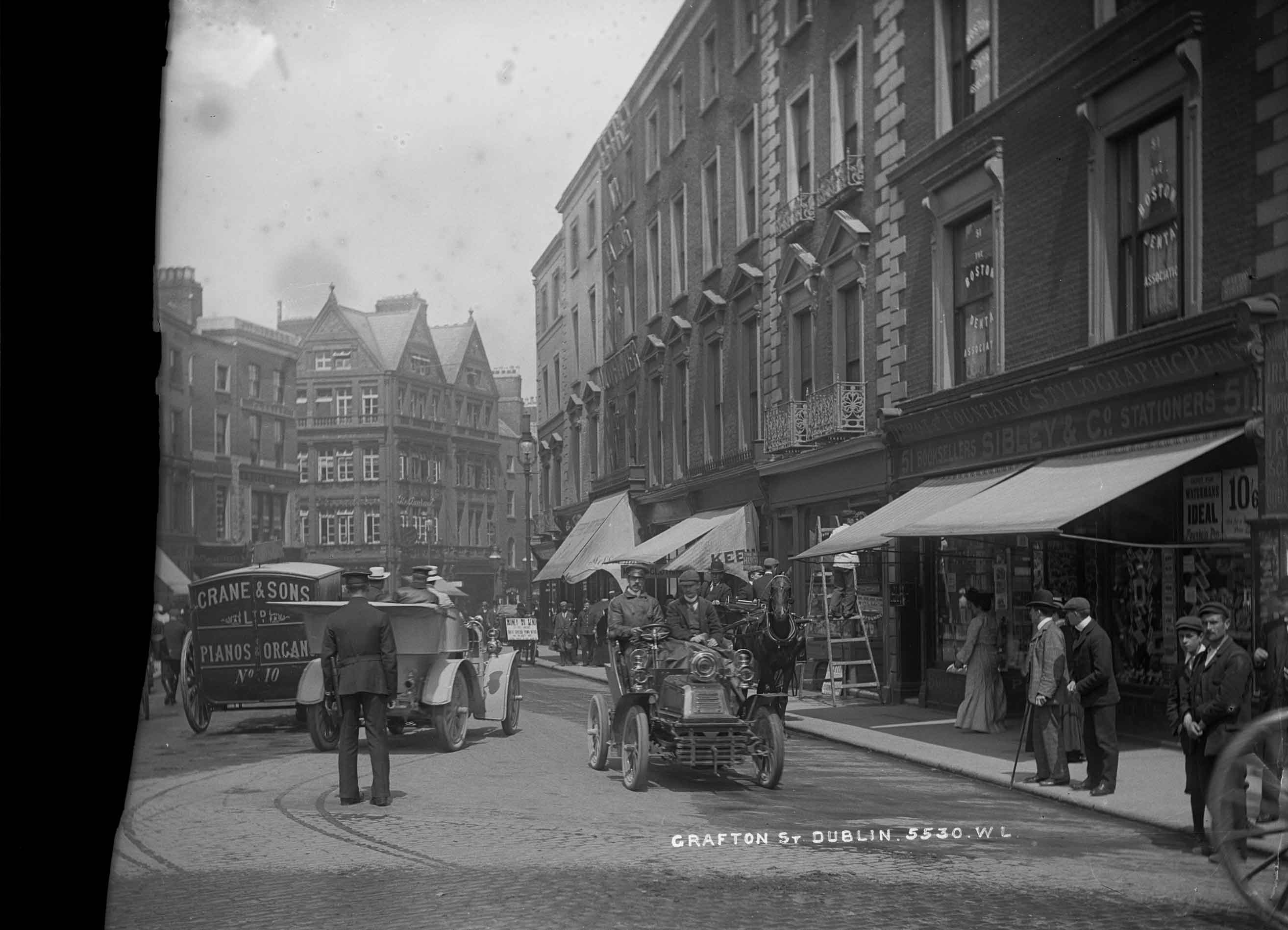 Dublin streets like Grafton St were packed with shoppers in the lead up to Christmas