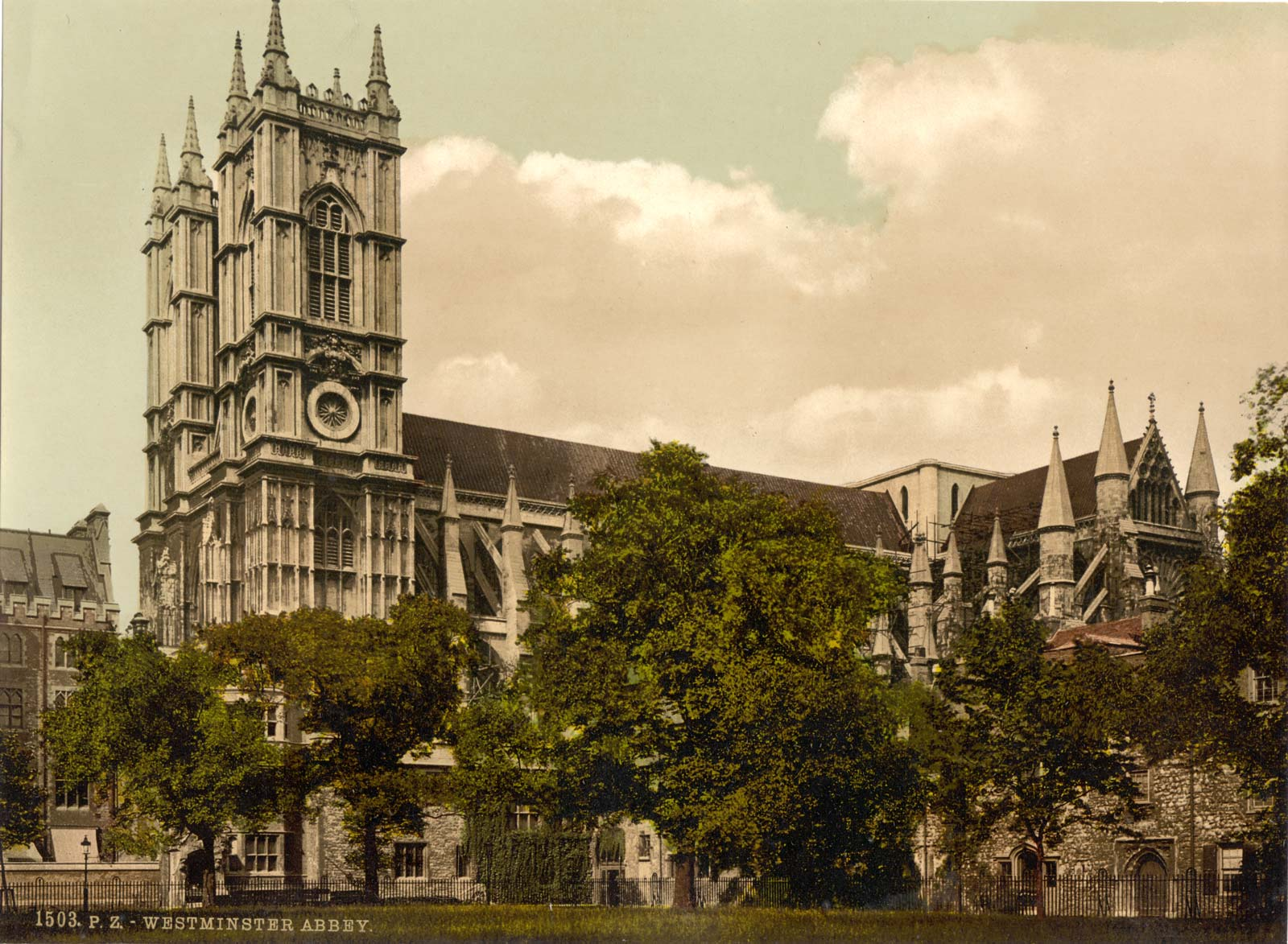 Suffragettes bomb Westminster Abbey