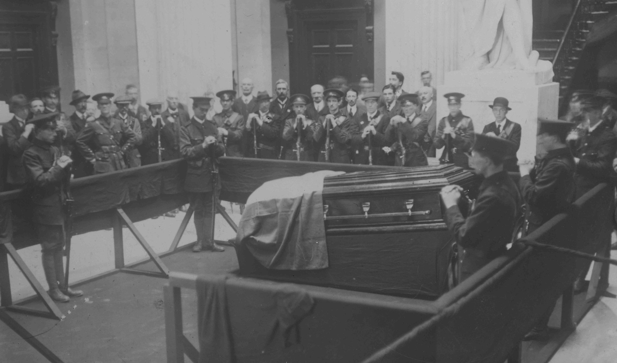 O'Donovan Rossa's remains arrive in Dublin